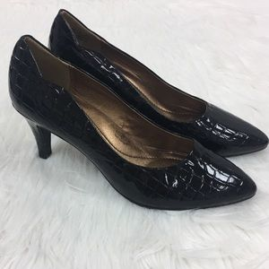 Soft Styles by Hush Puppies Black Patent Heels